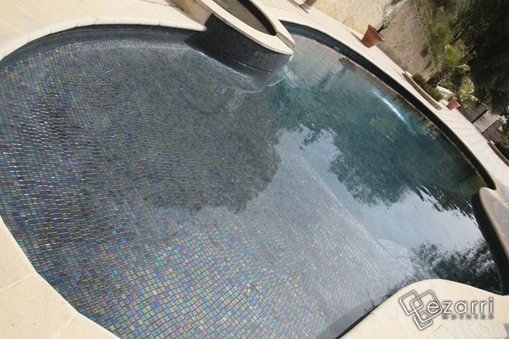 1000 ideas about carrelage piscine on pinterest for Piscine carrelage gris