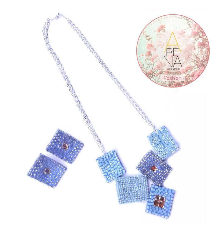 Hermoso collar en azul ❤ #necklace #collar #handmade #moda #fashion #chic #trendy #earring #love