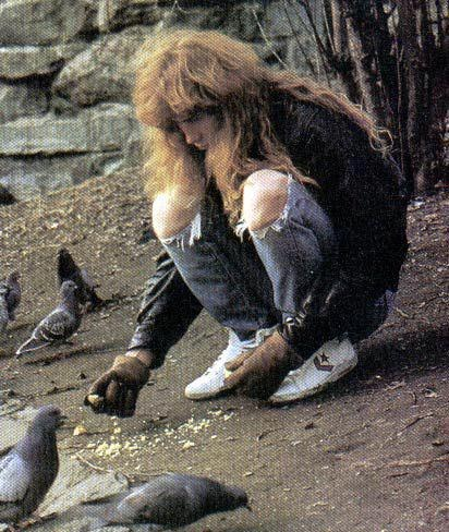 Dave Mustaine feeding birds is more metal than you