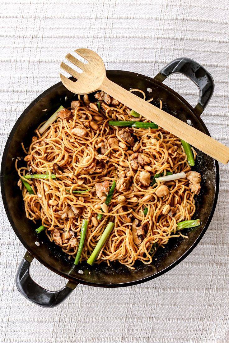 Yellow Cab's Charlie Chan Pasta - The first time I heard this from them I was quite skeptical because how can someone stir fry a spaghetti? But after I tried it I was hooked just think of it as an Asian noodle but a bit Al Dente the only difference with a pasta instead of it being saucy it is more like and Aglio Olio, dry but full of flavour.