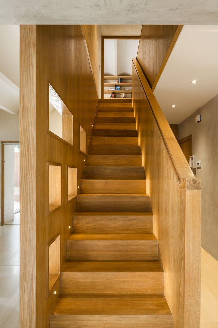 Best Duplex In Gracia By Zest Architecture Interior Staircase 400 x 300