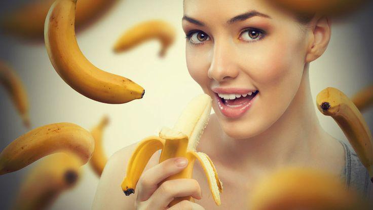 La dieta rapida per perdere almeno 2 chili e altre cose (più divertenti) che puoi fare con le banane...