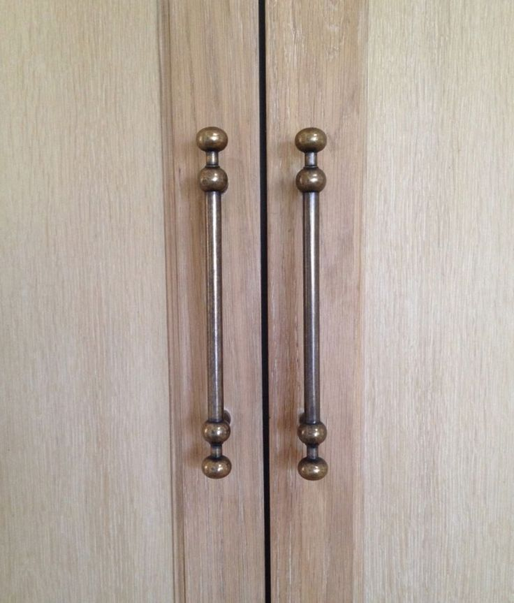 We used the 9 7 boring top knobs appliance pulls in for Door handle in german