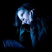 Qu'est-ce que la paralysie du sommeil, sa fréquence et ses types d'hallucinations?