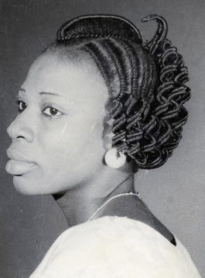 Woman with traditional Threaded hair