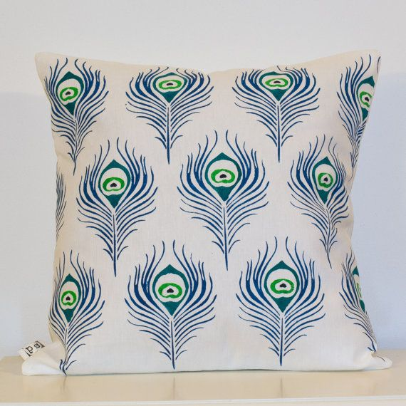 Handmade peacock feather pattern pillow. This design is made from a heigh weight 40% cotton 60% linen fabric, and is designed to fit nicely