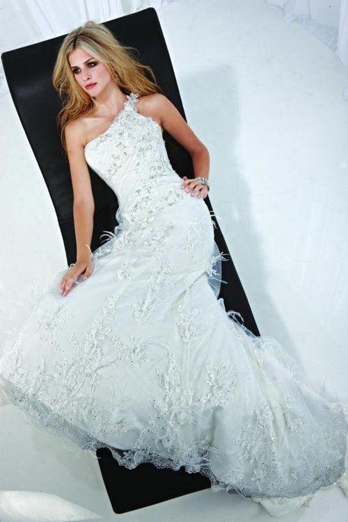Amazing Hip Wedding Dresses Vignette - Wedding Dresses and Gowns ...