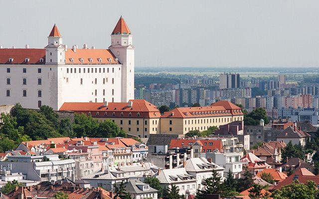 Private transfers between Budapest and Bratislava: http://transferbudapesthungary.com/budapest-to-bratislava-transport-transfer-taxi.html