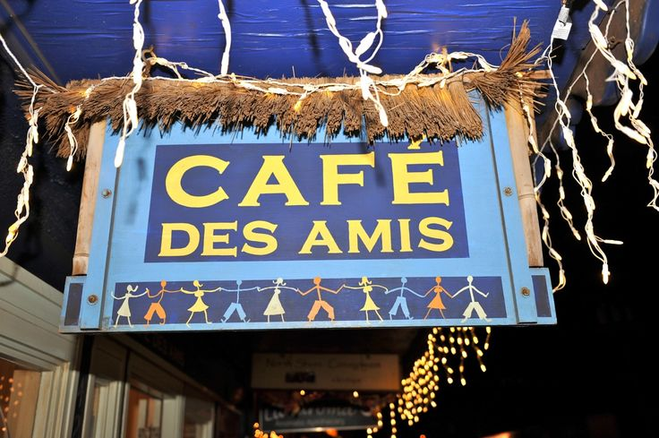 Cafe Des Amis Paia, Maui's Creperie and Curry Stop Serves Up Live ...