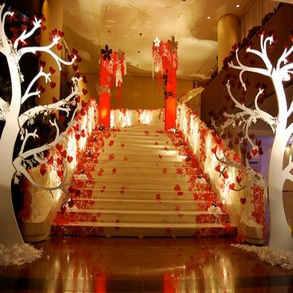 30 best staircase deco images on pinterest wedding decor four wedding decoration ideas for reception stylish wedding reception decoration ideas junglespirit Image collections