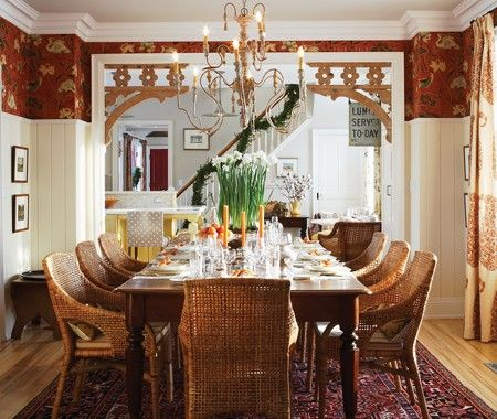 Sarah Richardson's Inviting Dining Room // Photographer Michael Graydon // House & Home November 2010 issue