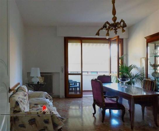 Vendita appartamento con Garage a Pisa, zona Porta a Lucca. Per info e appuntamenti Diego 050/771080 - 348/3259137