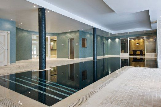 This Magnificent Roman-style Indoor Pool Features Laminar