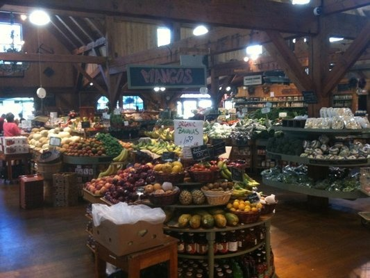 wilson farm......  (local New England farm, pumpkins, apples, pies, food, flowers, great in the fall, 10 Pleasant Street, Lexington, 781 862 3900)Farms Local, Foodies Places, England Farms, 781 862, Favorite Places, 862 3900, Boston Strong, Favorite Haunted, Apple Pies