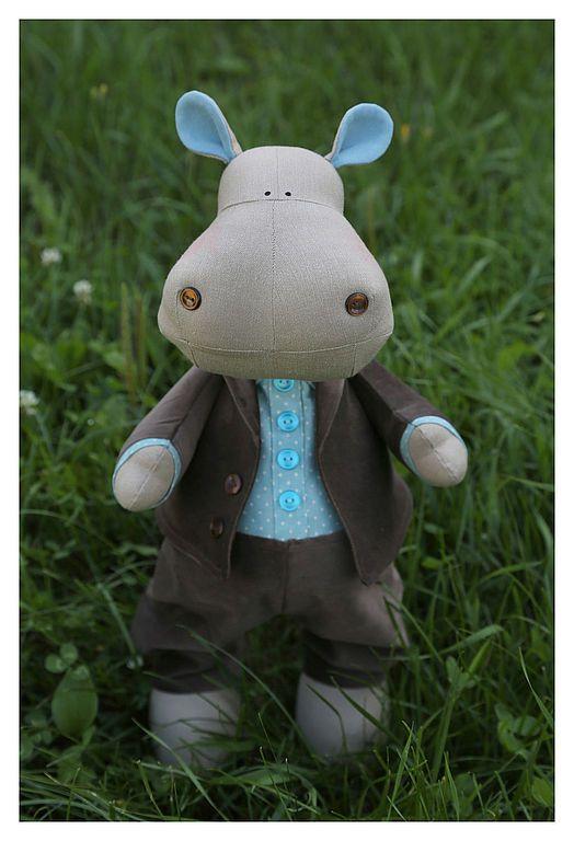 Bisness Hippo
