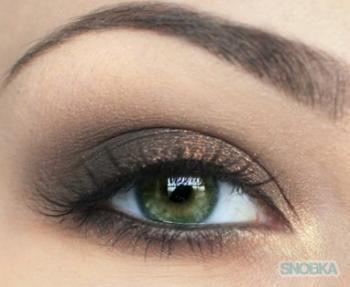 natural brown smokey eye