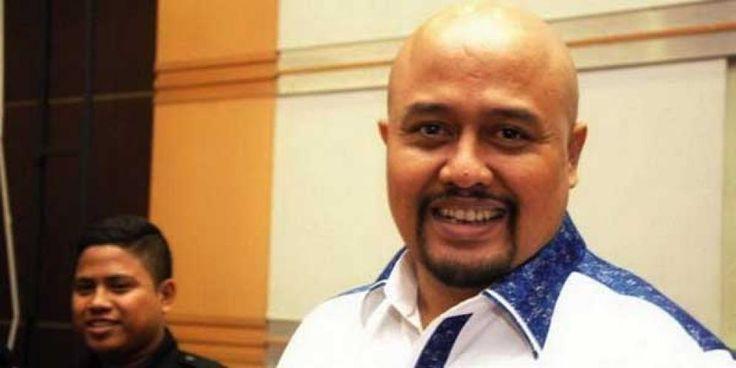 Anggota Komisi III DPR Fraksi Demokrat, I Putu 'Liong' Sudiartana resmi ditetapkan tersangka oleh penyidik Komisi Pemberantasan…