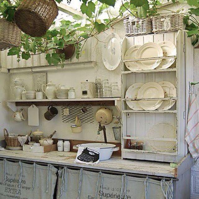 39 best images about funky sheds on pinterest gardens. Black Bedroom Furniture Sets. Home Design Ideas