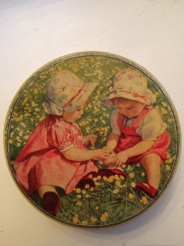 Carr And Co Circular Biscuit Tin Vintage Childhood Scene   eBay