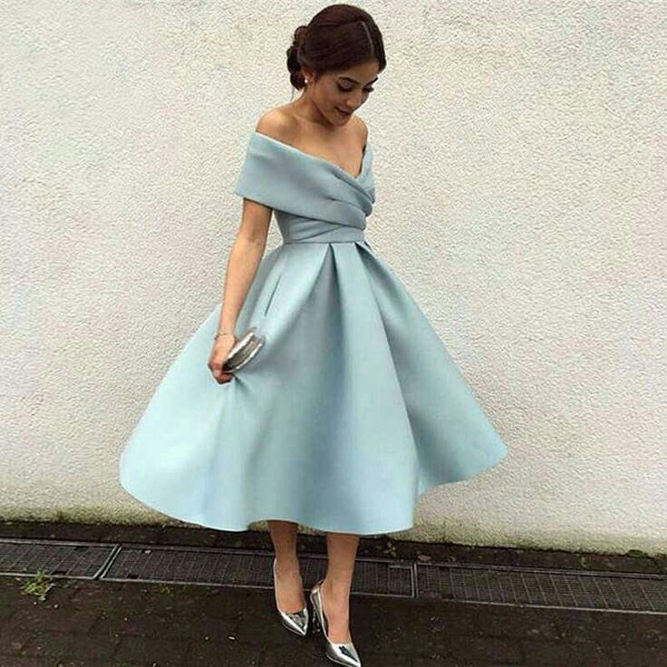 Pin By Luna Mhz On فساتين كيوت In 2020 Knee Length Prom Dress Vintage Homecoming Dresses Homecoming Dresses Short