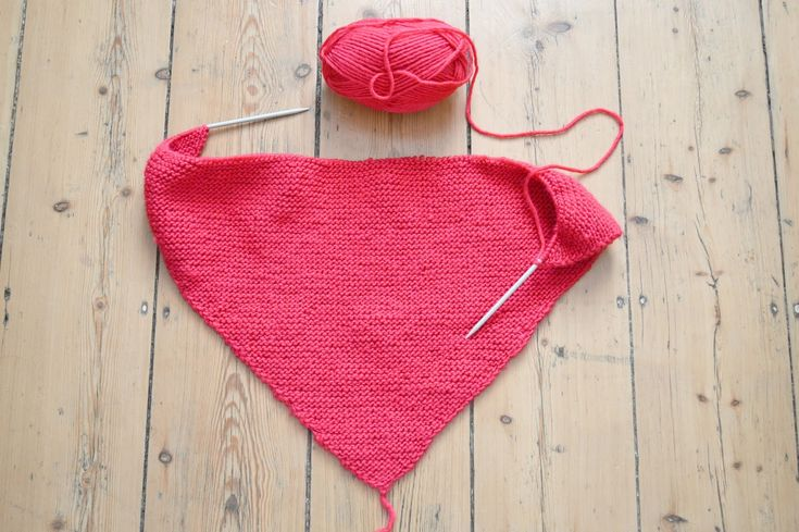 59 best envie de laine toute douce images on pinterest diy crochet loom knit and hand crafts. Black Bedroom Furniture Sets. Home Design Ideas