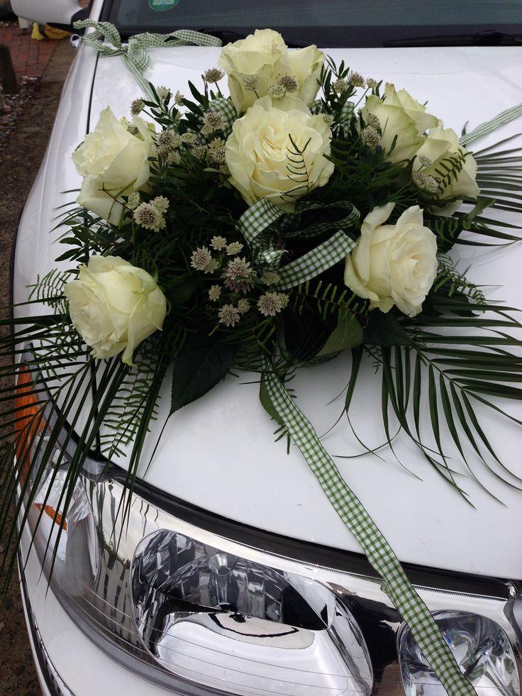 Große Weiße Rosen für die Hochzeit