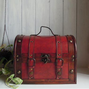 小物入れ アンティークな宝箱型収納ボックス /レッドウッド
