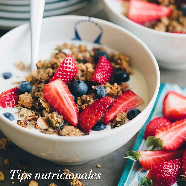 Breakfast is the most important meal of the day, with it you get the energy and vitamins that will serve you for the whole day. Try to consume fruits and cereals, they are healthy and delicious. #TipsFajasDiseñoD'Prada