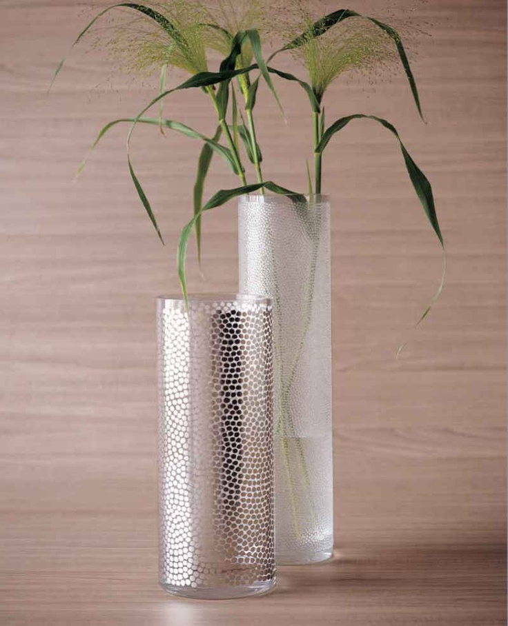 Egizia. Hand stippled silver vase. Modern and elegant. Get yours today at Tuscanhills.com