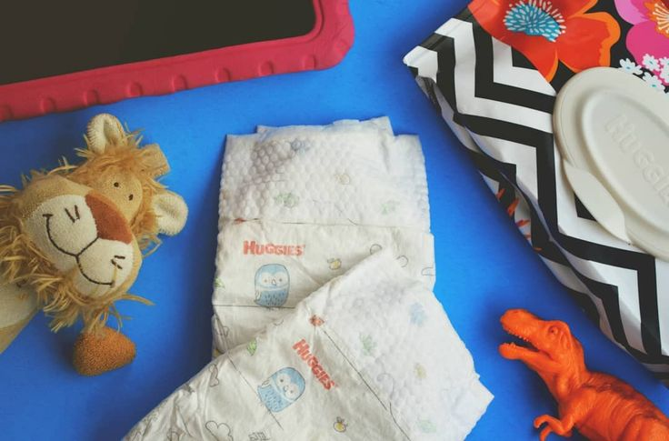 This Sunday October 8th @Huggies @DiaperNetwork and @DetroitLionsNFL will be hosting the Huggies #NoBabyUnhugged diaper drive at the Detroit Lions game from 10:30am-1pm at Pride Plaza.  Bring a pack (or two or three) of Huggies diapers to the game and help Detroit area families. . For more ways to give visit the link in our bio(or visitbit.ly/DiaperNeed) to find out how you can donate diapers or your Huggies Rewards points to hurricane victims and families in need.#NoBabyUnhugged #DiaperNeed…