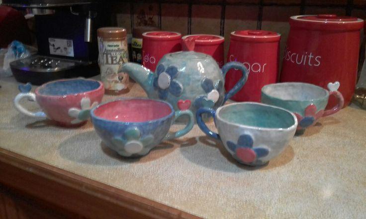 teacups meet teapot