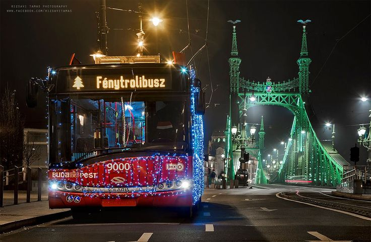 Fotky zachytávajú svetlá Budapešti v predvianočnom období – Doba Magazín