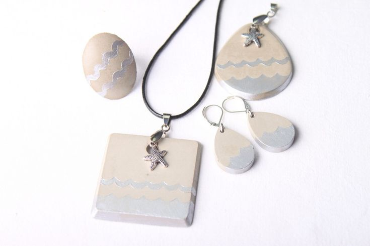 Už jste poznali kouzlo kreativního betonu? Vytvořte si originální designový šperk.