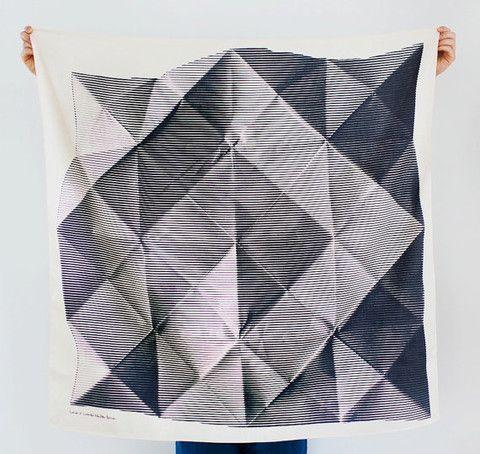 LINK furoshiki - folded paper black