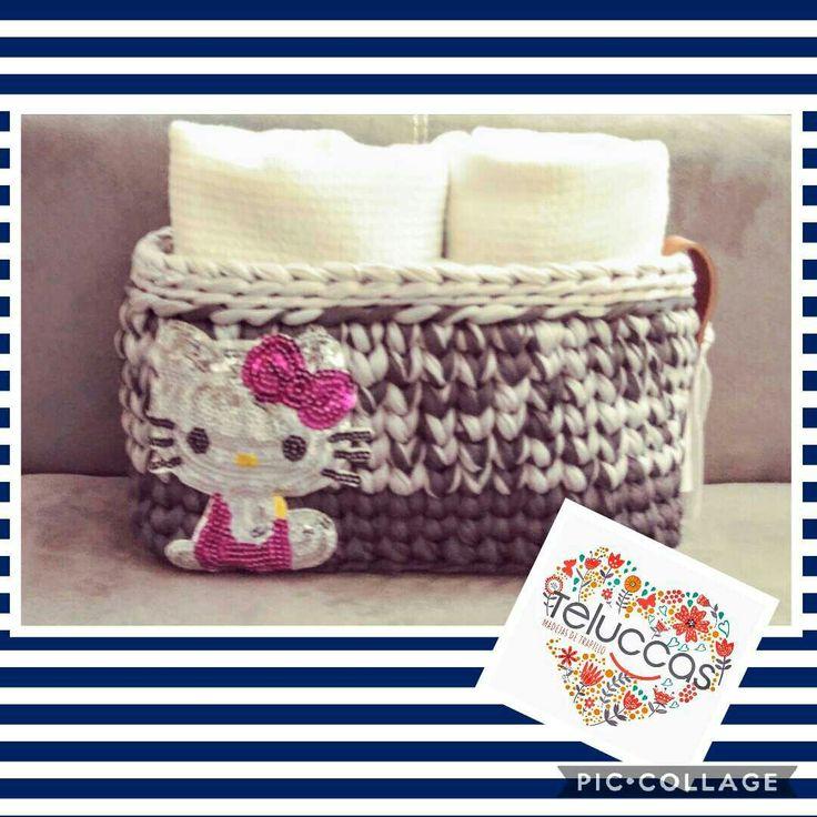 Canasto de trapillo plano con aplicación. #trapillo #Trapillo #tejer #manualidades #hechoamano #hechoenmexico #crochet