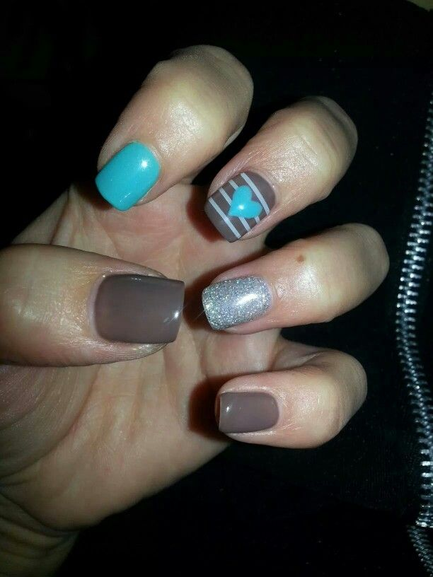 Something with brown!#brown#glitter#blue#lines#heart