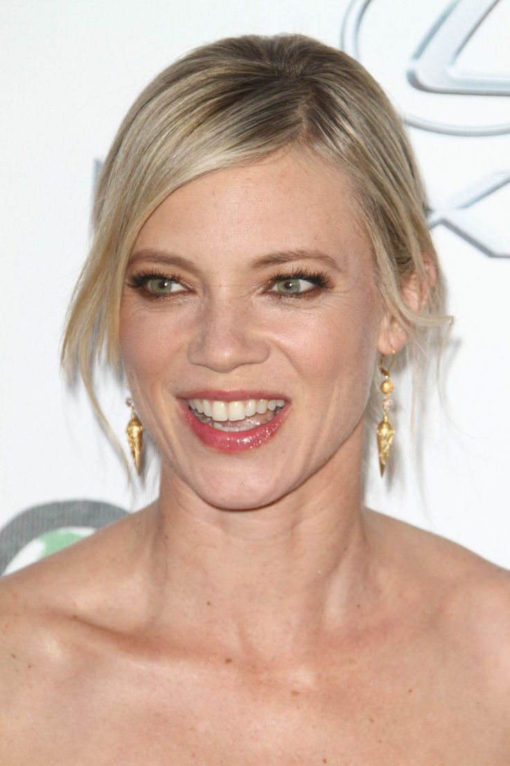 Amy Smart attends the Environmental Media Association Hosts Its 25th Annual EMA Awards http://celebs-life.com/amy-smart-attends-the-environmental-media-association-hosts-its-25th-annual-ema-awards/  #amysmart