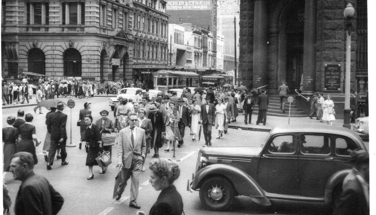 I took this photo approx 1953 when I worked for Swains in Pitt street.