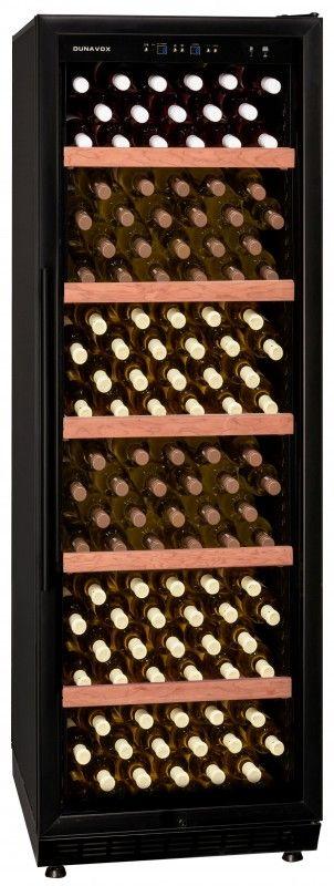 Cave à vin Dunavox DX-200.450K / Nbre de bouteilles : 200 / Modèle à poser librement ou à intégrer / Idéal pour la restauration / Modèle muni d'un filtre à charbon actif / Format : H1800 mm x L595 mm x P690 mm / En savoir + :  https://dunavox.com/fr/product/dunavox-dx-200450k