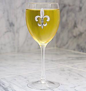 Fleur-de-Lis Wine Glass