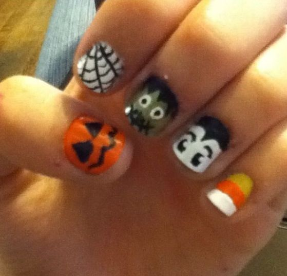 Halloween nails..I wanna try this on someone!!