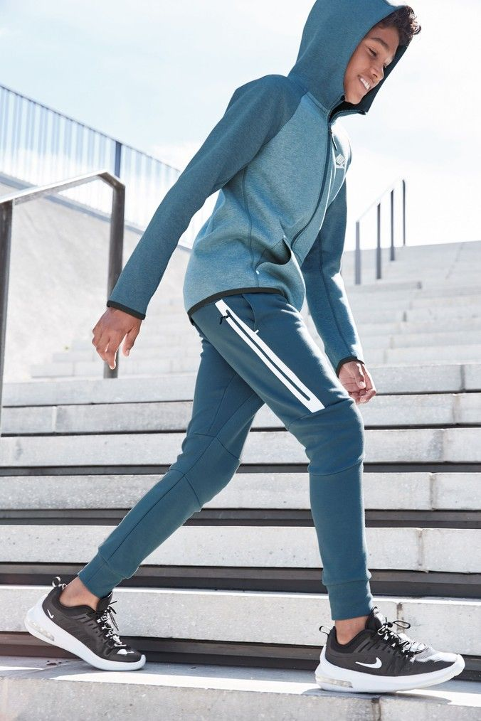 Pin By Roger Chueh On Men S Joggers In 2020 Nike Tech Fleece Nike Tech Fleece Pants Fleece Joggers