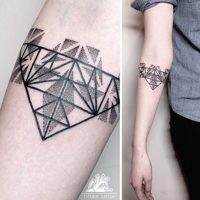 Hd Ink For Tattoos Wallpapers: 25+ Unique Geometric Triangle Tattoo Ideas On Pinterest