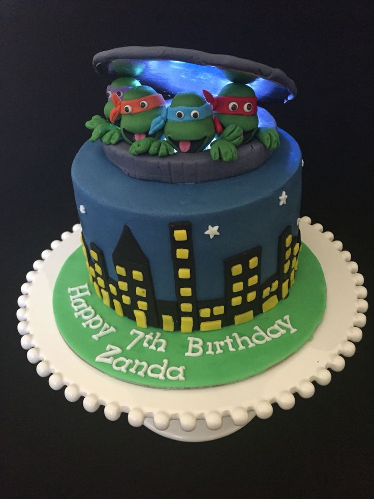 Ninja Turtles Cake with lights