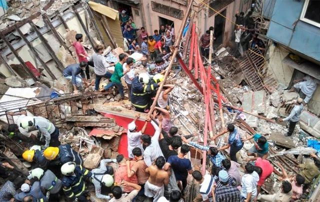 Mumbai Building Collapses Many Feared Trapped Mumbai A Four Storey Building Collapsed In The Dongri Area With At Least News Hea Collapse In Mumbai Mumbai