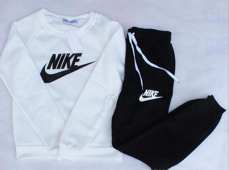 17 best ideas about jogging suits on pinterest nike. Black Bedroom Furniture Sets. Home Design Ideas