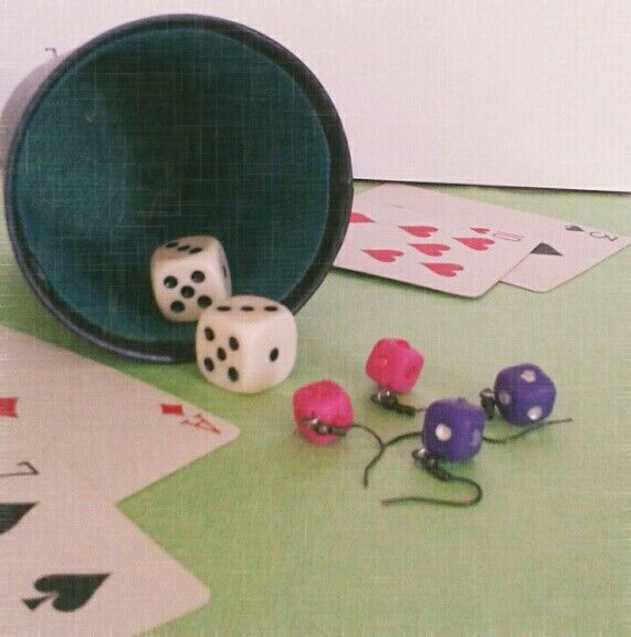 Dice earrings FIMO (I and Sister)