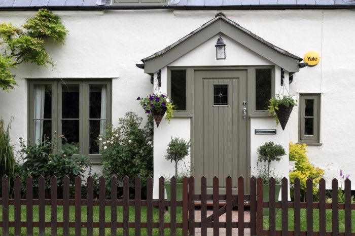 Stunning cottage finished in Oxford Clay