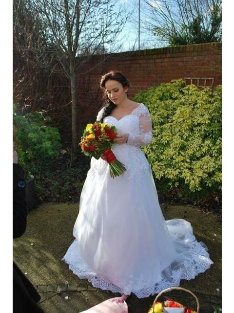7484e7171f4 Hebeos Review I received my wedding dress .. I just love it .. thank you  very much xx Worn by Daiana Hebeos dress review