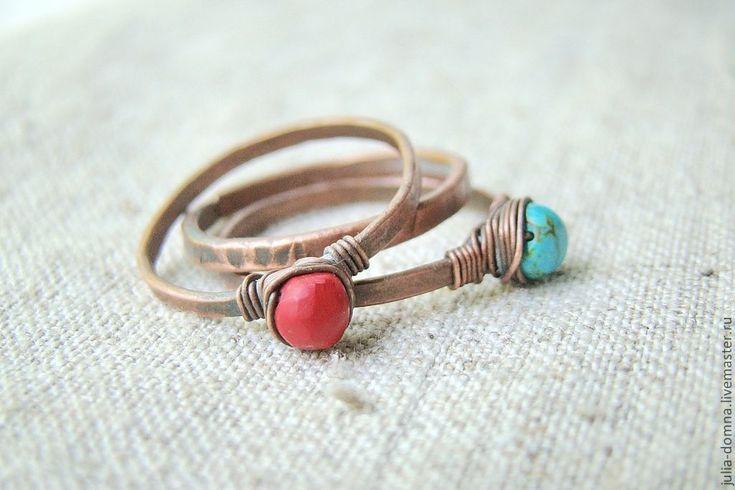 Купить кольца с бирюзой и кораллом - тройное кольцо, комплект из трех колец - медные украшения